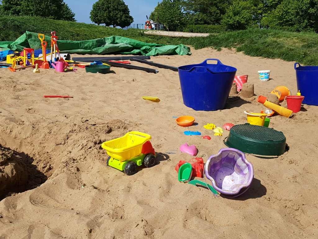 Sand Pit - Blue Coat School - Wotton - natural play