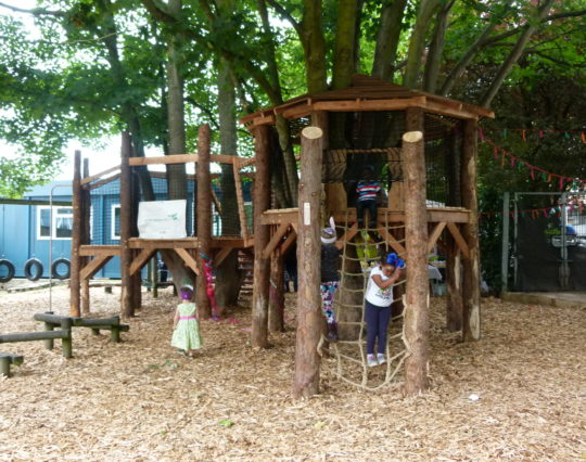 Natural play - playground climbing - St Paul's Children's Centre Tree House - Role Play
